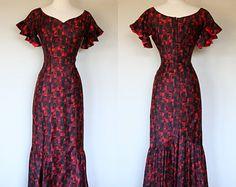 Bombshell 1960's mermaid wiggle dress by Stan Hicks in red Tiki print polished cotton floor length Hawaiian maxi dress small size 6
