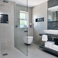 Neutral wet room tiles wet rooms Wet room design tips and advice, - from wet room tiles to wet room installation costs, we've got everything you need to know about wet rooms Small Wet Room, Small Shower Room, Wet Room Shower, Wet Room Bathroom, Simple Bathroom, Bath Room, Bathroom Ideas, Garage Bathroom, Open Bathroom