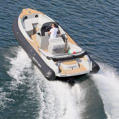 ENVY 770 - Inboard inflatable boat / rigid / center console / yacht tender by Scanner Rib Boat, Console Styling, Inflatable Boat, Deck, Ribs, Boats, Luxury, Ships, Front Porches
