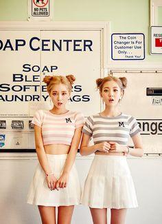 いつものお出掛けも双子コーデなら楽しさ100倍っ☆  安カワファ... MERY [メリー] cute Korean double bun twin fashion style