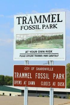 You will love this great activity in Ohio and it cost you a dimeThe Olander Park System has five different parks, each with its own environment. Fossil Park is one of the few sites Places To Travel, Places To See, Gem Hunt, Fossil Hunting, Rock Hunting, Us Road Trip, Travel List, Fossils