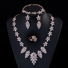 Pera Luxury 4 Piece Women Wedding Party Jewelry Sets Yellow Gold Color Big  Leaf Shape Cubic Zircon Necklace For Brides Gift e76c6c67fed3