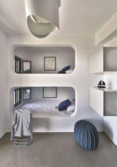 Esprit cabine de bateau pour le dortoir des enfants - Maison d'architecte avec vue sur la mer - CôtéMaison.fr