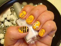 bumblebee nails. Doing this next!