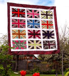 I dont quilt... so make me one of these gorgeous pop-art Union Jack quilts :-) kthnxbai