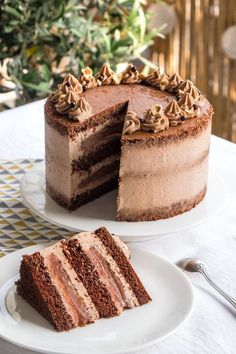 The Best Chocolate Layer Cake Chiffon Cake, Key Lime Pie Rezept, Easy Cake Recipes, Dessert Recipes, Chocolat Cake, Bolo Cake, Number Cakes, Drip Cakes, Best Chocolate