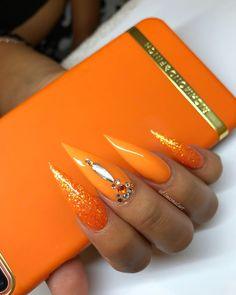 Mar 2020 - Wedding Make up & Nail Inspirations nails image - www. Neon Orange Nails, Orange Acrylic Nails, Simple Acrylic Nails, Perfect Nails, Gorgeous Nails, Pretty Nails, Stiletto Nails Glitter, Gel Nails, Orange Nail Designs