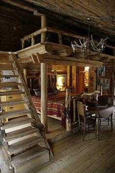 The bunk house at Lander Llama Ranch, Lander Wyoming