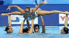 Italy Swimming World Championships 2009 Swimming World, Keep Swimming, Swimming Suits, Mermaid School, Synchronized Swimming, Swim Team, World Championship, Gymnastics, Athlete