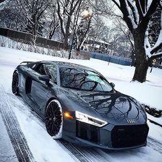 "114 Me gusta, 2 comentarios - Daily Luxury (@dailyinfiniteluxury) en Instagram: ""via: @dream4luxury Check us out @dailyinfiniteluxury for awesome luxuries 2017 Audi R8 V10Hot or…"""
