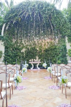 Cab Chapel Is One Of The Most Trusted Wedding Planners In Las VegasOne