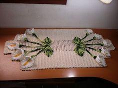 Caminho de Mesa de Copo de leite de crochê/Trilho de mesa 2/2 final - YouTube Easy Crochet Patterns, Free Crochet, Crochet Videos, Crotchet, Crochet Doilies, Crochet Projects, Free Pattern, Cross Stitch, Make It Yourself
