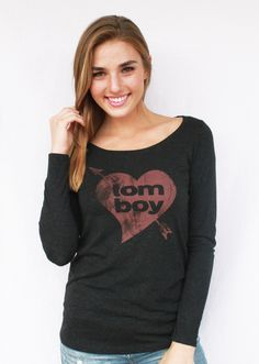 Are you a tomboy at heart? Check out this tomboy chic vintage graphic tee