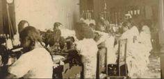 Personal de fábrica de La Elegancia Granada 1929
