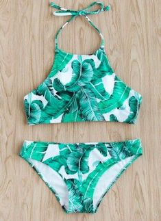 Hawaii Packing List: Outfits for Hawaii Vacation: cute swimsuits Bathing Suits For Teens, Summer Bathing Suits, Swimsuits For Teens, Cute Bathing Suits, Cute Swimsuits, Cute Bikinis, Bikini Dos Nu, The Bikini, Halter Bikini