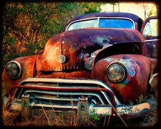 Ford Classic Cars, Classic Chevy Trucks, Vintage Trucks, Old Trucks, Vintage Auto, Rusty Cars, Garage Art, Abandoned Cars, Abandoned Vehicles
