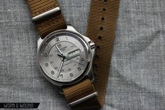 VICTORINOX OFFICERS DAY DATE