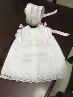 Baby Girl Dresses, Baby Dress, Girl Outfits, Flower Girl Dresses, Baby Bonnets, Heirloom Sewing, Smock Dress, Kids Wear, Smocking