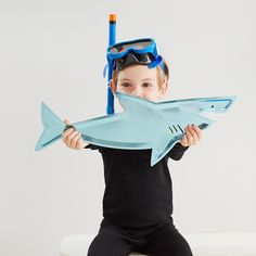 Shark Platter (Pack of Shark Birthday Party Decor, Under the Sea Iridescent Paper Plate, Meri Meri Birthday Party Decorations, Party Themes, Themed Parties, Party Ideas, Sea Murals, Dragons, Shark Party, Under The Sea Party, Lego