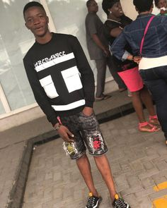 "DREAM CHASER on Instagram: ""S K E T E B O B O 💯"" African Men Fashion, Mens Fashion, Dream Chaser, Sporty, Instagram, Style, Moda Masculina, Swag, Man Fashion"