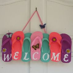Flip Flop Wreath, Welcome Wreath, Summer Wreath is part of DIY Summer crafts - ADCMDesign section id shopsection leftnav 1 Beach Crafts, Summer Crafts, Cute Crafts, Crafts To Do, Easy Diy Crafts, Flip Flop Craft, Flip Flops Diy, Flip Flop Wreaths, Decoration Entree