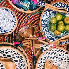 Colourful homewares heaven 👌🏼 #homewares #kitchenware #kitchen #saladbowls #saladservers #interiors #interiordesigner #homedecor #rustavalon Beach Furniture, Salad Bowls, Kitchenware, Rust, Heaven, Interiors, Interior Design, Gifts, Color
