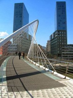 "The Zubizuri (Basque for ""white bridge"") across the Nervion River in Bilbao, Spain, designed by Santiago Calatrava and completed in 1997. Click image for link to full profile and visit the slowottawa.ca boards >> http://www.pinterest.com/slowottawa/boards/"