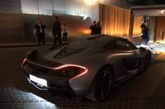 Imagine getting this #hypercar delivered to your doorstep!? This lucky #Dubai owner gets his hands on the keys to a McLaren P1! Hit the link to watch $1.15 million delivery!