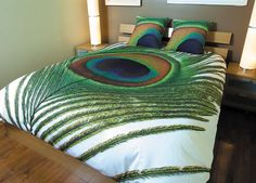 Guest Room Paon By Zenima Is A Single Peacock Feather With An Eye Of The Feather As The Focus Digitally Printed On Cotton If You Want Different Color