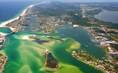 City of Orange Beach, Alabama official web site with information on lodging, restaurants and entertainment.
