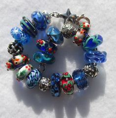 Ready for the Holidays! A beautiful blue Holiday bracelet from a great collector on Trollbeads Gallery Forum!