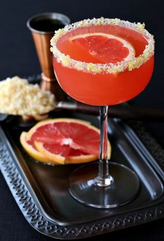 Try this Bourbon Grapefruit Sidecar for happy hour or brunch! These bourbon cocktails are made with fresh grapefruit juice, sweetened with a touch of sugar! Refreshing Cocktails, Summer Cocktails, Fun Drinks, Yummy Drinks, Beverages, Grapefruit Juice And Vodka, Grapefruit Cocktail, Grapefruit Ideas, Disney Cocktails
