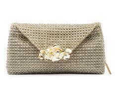 VILMA - Bolsa em cristal com malha interna em camurça e broche de metal. #Bolsa #Clutches
