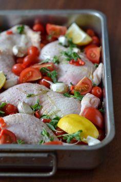 Simple avec des cuisses de poulet croustillantes aux tomates douces