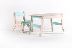 PLAYPLY Детская мебель. Сделано родителями Wooden Table And Chairs, Kids Table And Chairs, Table And Chair Sets, Kid Table, Kid Desk, Cnc Projects, Living Room Sets, Kids Furniture, Plywood
