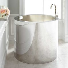 Tall Deep Soaking Bathtub Omg I Want This I Dont Know How Ill Get In And Out Of It But I Want