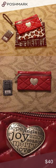 Brighton Travel Makeup Bags Set Brand new, never used, and very trendy makeup bags! Even still has the protective stickers on the metals. Perfect for holiday travels, being as spacious and versatile as they are. The material is the protected fabric type, so they're durable too! Brighton Bags Cosmetic Bags & Cases