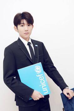 王源纽约联合国青年论坛
