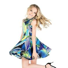 Hey I'm Brynn I'm 13 I'm the baby in the family!!Im single but looking for a guy who I can trust !In summer …Well I love summer I mostly love going shopping and going to the beach and walking in the park!!