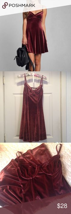 Abercrombie & Fitch Velvet Skater Bustier Dress NWOT Beautiful, never worn bustier dress. Maroon color, its stretch velvet and is labeled a size M but it can fit a size small since it runs small and the material is stretchy. Abercrombie & Fitch Dresses