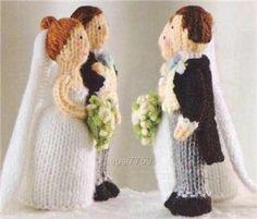 KNITTING PATTERN BRIDE AND GROOM | FREE KNITTING PATTERNS Knitting Stitches, Knitting Patterns Free, Knit Patterns, Free Knitting, Baby Knitting, Knitting Toys, Knitted Baby, Knitting Needles, Knitted Wedding Dolls