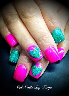 Heart gel nail polish by Terry- not so much the design but I love the colors together!