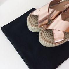 Simple minimal gold sandals