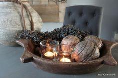 Bruine houten schaal