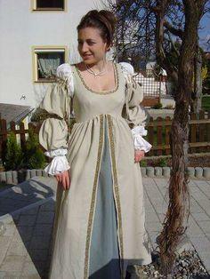 Italian Renaissance Dress by HEXEnART.deviantart.com on @deviantART