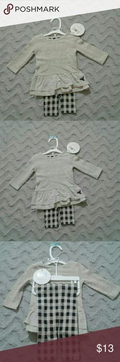 Burts Bees Organic 2pc outfit Baby girls Newborn 0 to 3 mo 2 pc ruffle thermal dress with checkered pants.  Organic cotton. Burt's Bees Baby Matching Sets