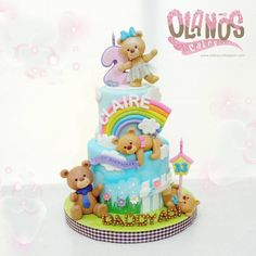 "194 Likes, 3 Comments - Olanos Cakes, Tangerang (@olanoscakes) on Instagram: ""Boong kalo ga pusing terima request birthday cake for little girl plus her daddy  trying hard to…"""