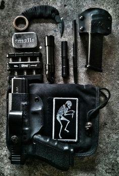 """EDC  Gripmaster. Honey Badger KBit. Carbonfiber """"Ventilator"""" pen. Streamlight Led.  E&E packed GoTube. Smalls pill box. Glock 40. Spare magazine. ZZZ custom IW holster and magazine sheath."""