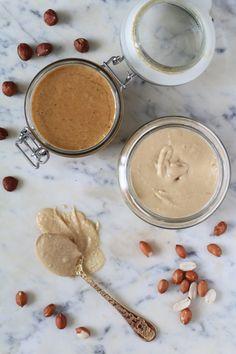 Olen täysin hurahtanut mantelivoihin , mutta en ole tajunnut aiemmin kokeilla levitteen tekemistä muista pähkinöistä. Maapähkinät ei ole ...