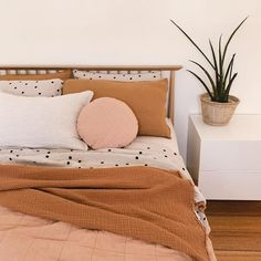 The polka dots on the bed create just enough differentiation with the monochrome pillows while maintaining harmony. The polka dots on the bed create just enough differentiation with the monochrome pillows while maintaining harmony. Dream Bedroom, Home Bedroom, Bedroom Decor, Modern Bedroom, Contemporary Bedroom, Bedroom Colors, Master Bedroom, Pretty Bedroom, West Elm Bedroom